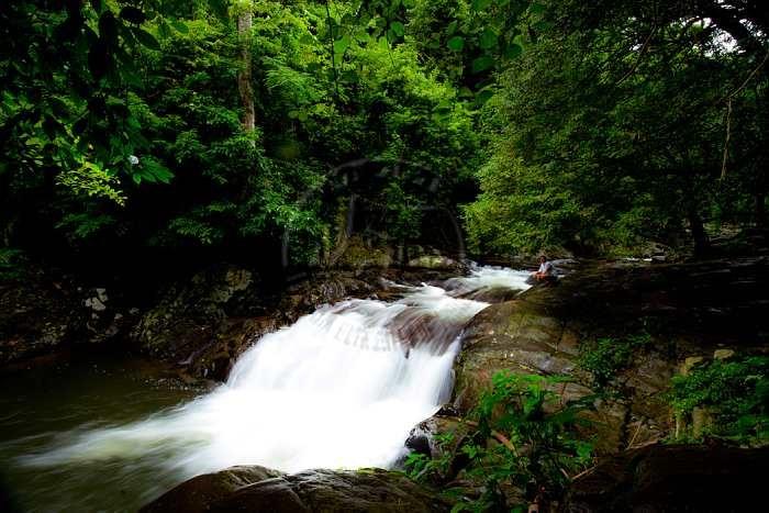 La-u waterfall